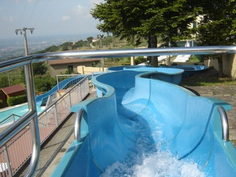 Pietra marina piscine acquascivolo ristorante pizzeria for Marinal piscine